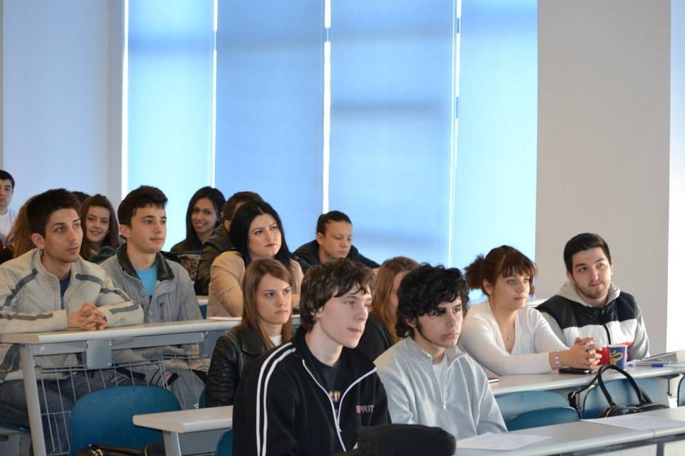 elevi si studenti care au participat la workshopul de SEO